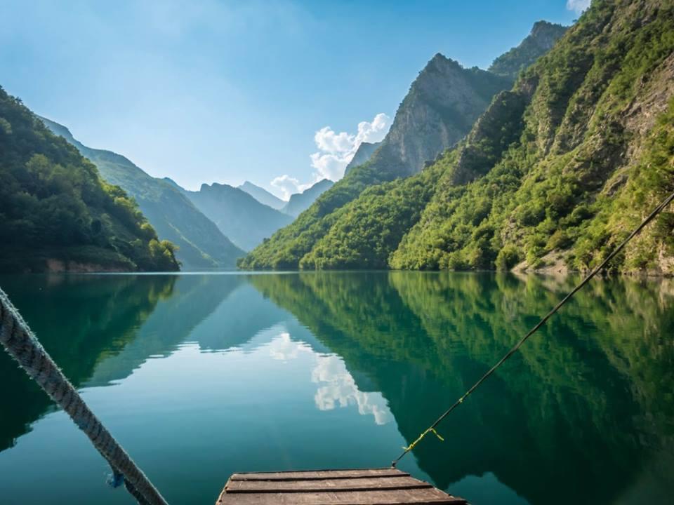 albania-dituduh-gunung-adalah-rahasia-tem-secret-world