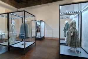 Museo del Tessuto e del Costume... - Secret World