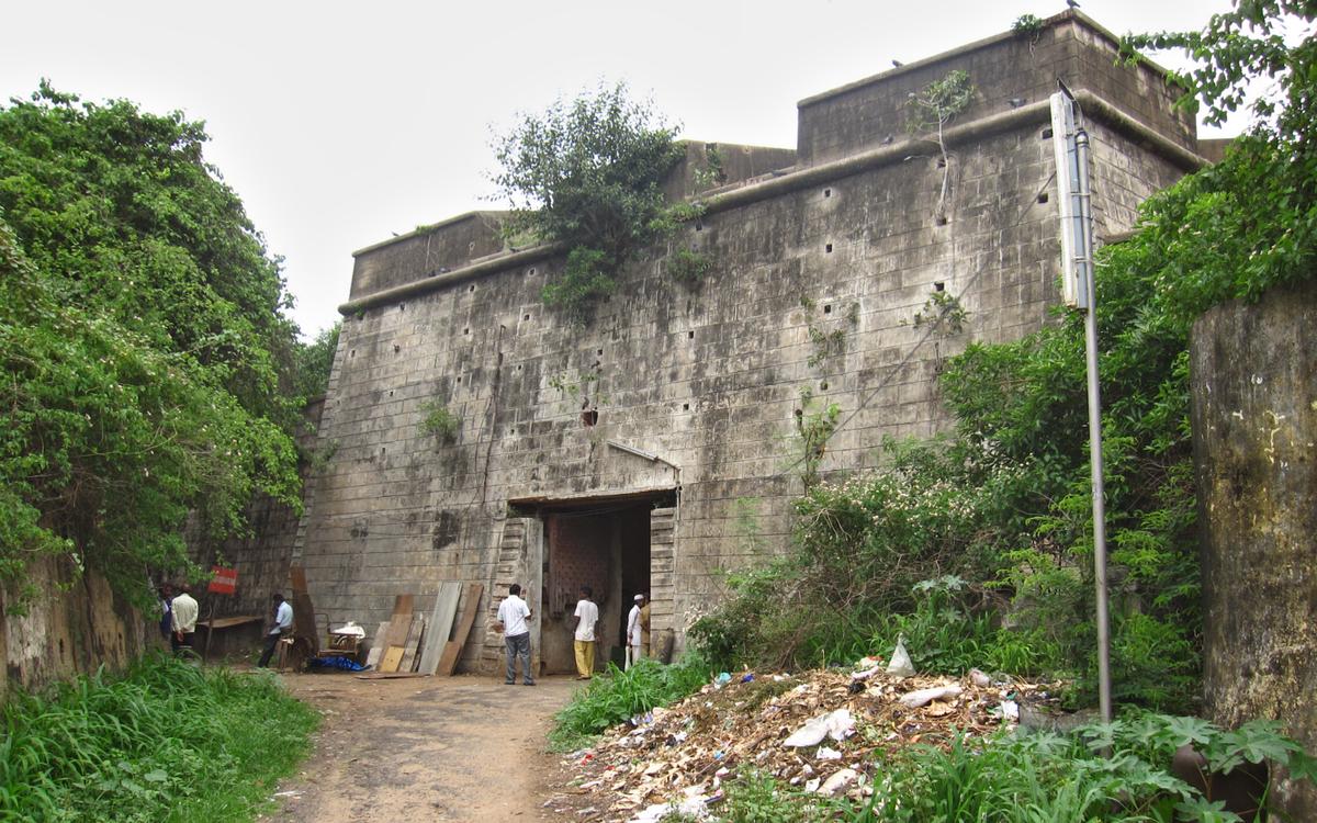 mumbai-fort-naomh-george-secret-world