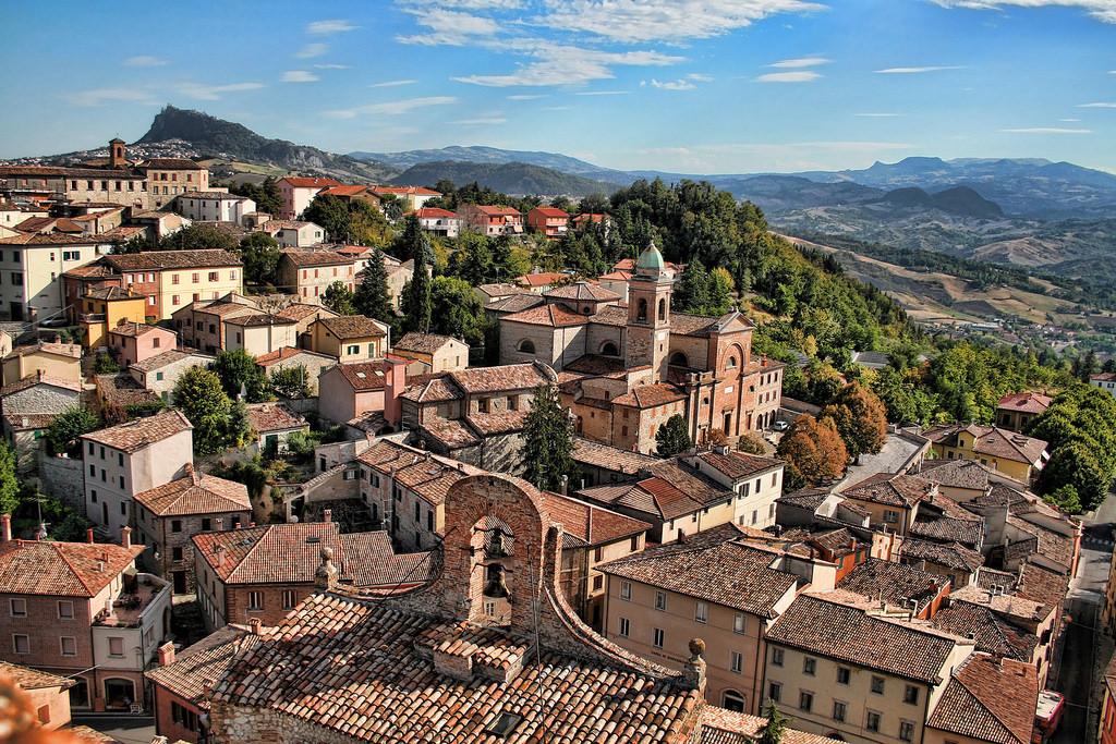 kuno-desa-abad-pertengahan-verucchio-secret-world