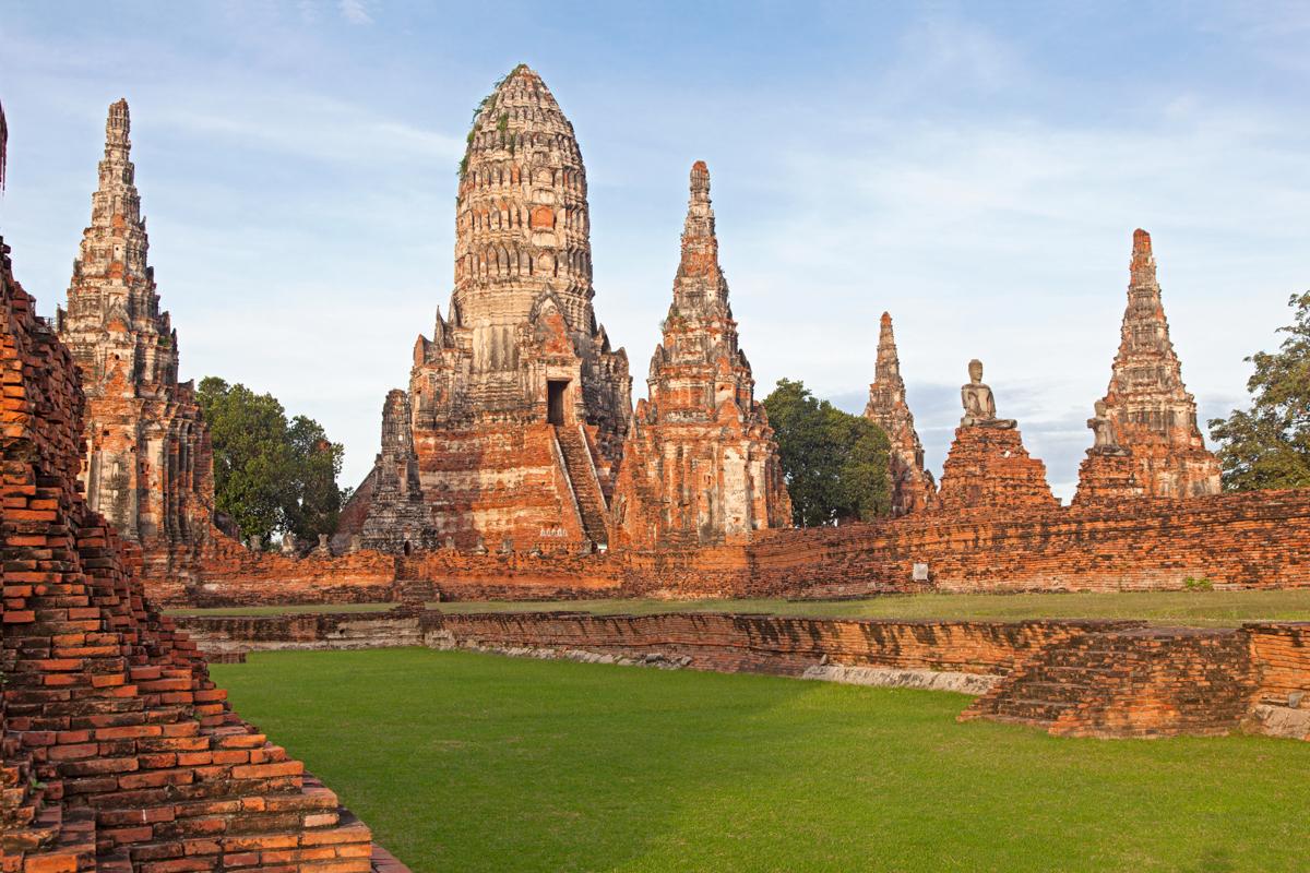 ayutthaya-gamla-hofuborg-tailands-secret-world