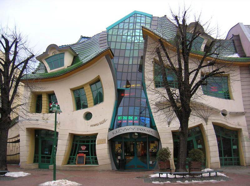 sopot-krzywy-domek-krivy-dom-secret-world