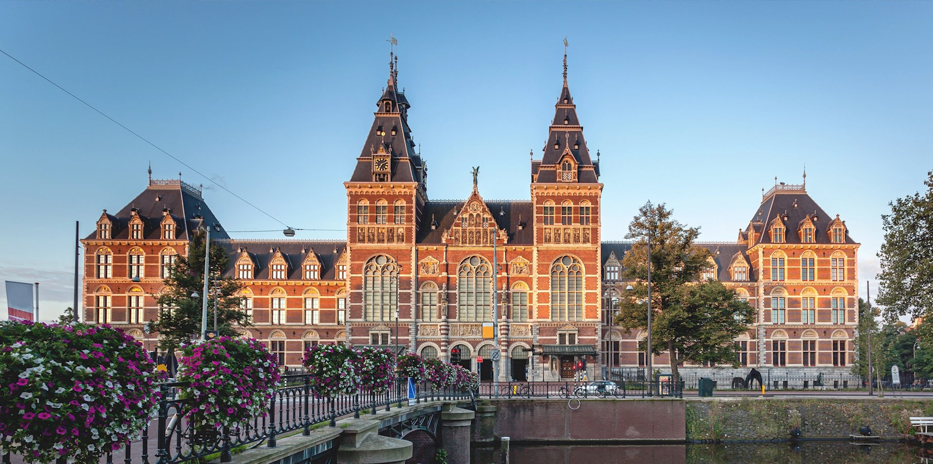 the-rijksmuseum-is-a-dutch-national-art-and-history-muse-secret-world