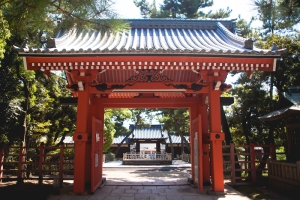 osakas-sumiyoshi-taisha-is-one-of-japans-oldest-shrin