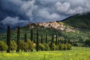 Il Borgo di Scarlino... - Secret World
