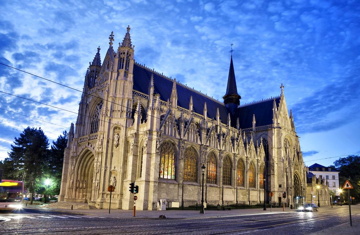 the-church-of-notre-dame-du-sablon-our-la-secret-world