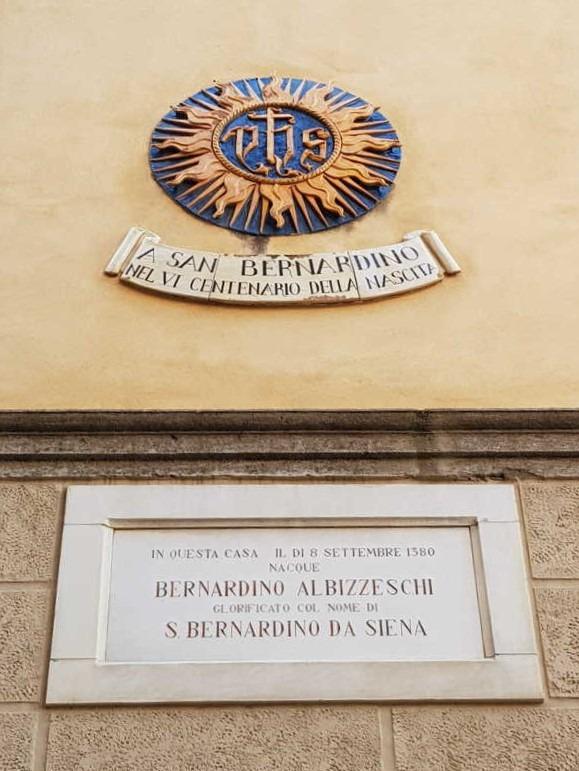 palazzo-albizzeschi-si-san-bernardino-da-siena-secret-world